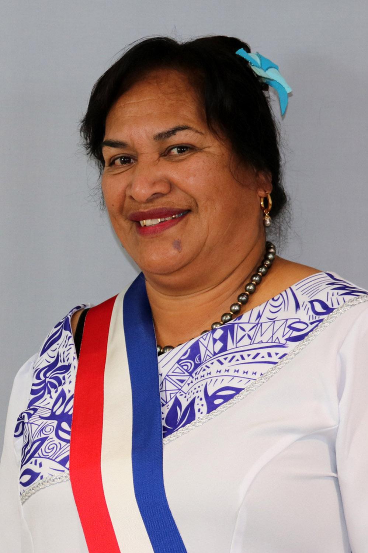Mme Lusia FALELAVAKI ep. THOMERT